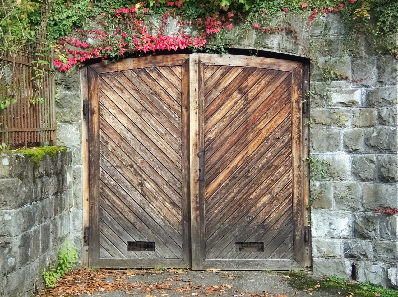 картинки на двери и ворота вячеславовна, очень внимательно