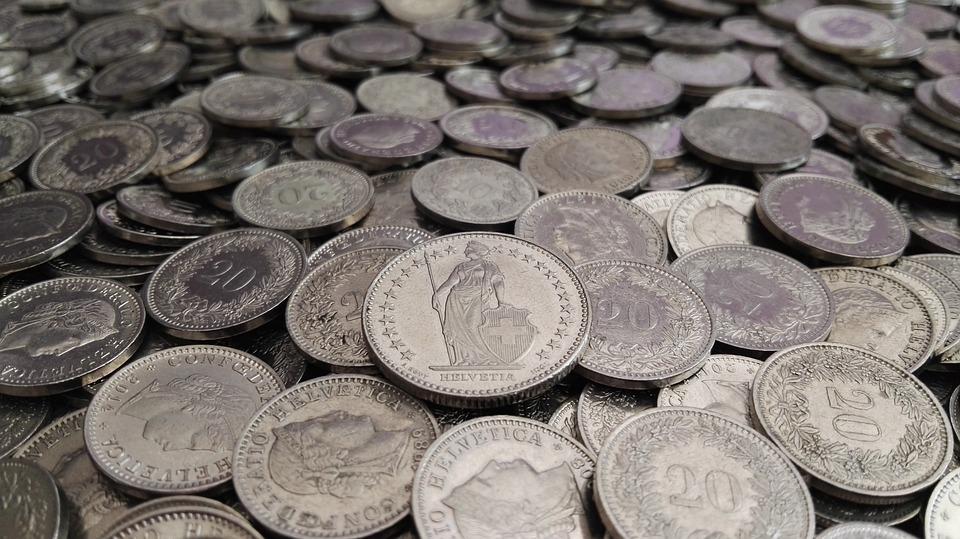Geld Münzen Schweizer Franken Kostenloses Foto Auf Pixabay