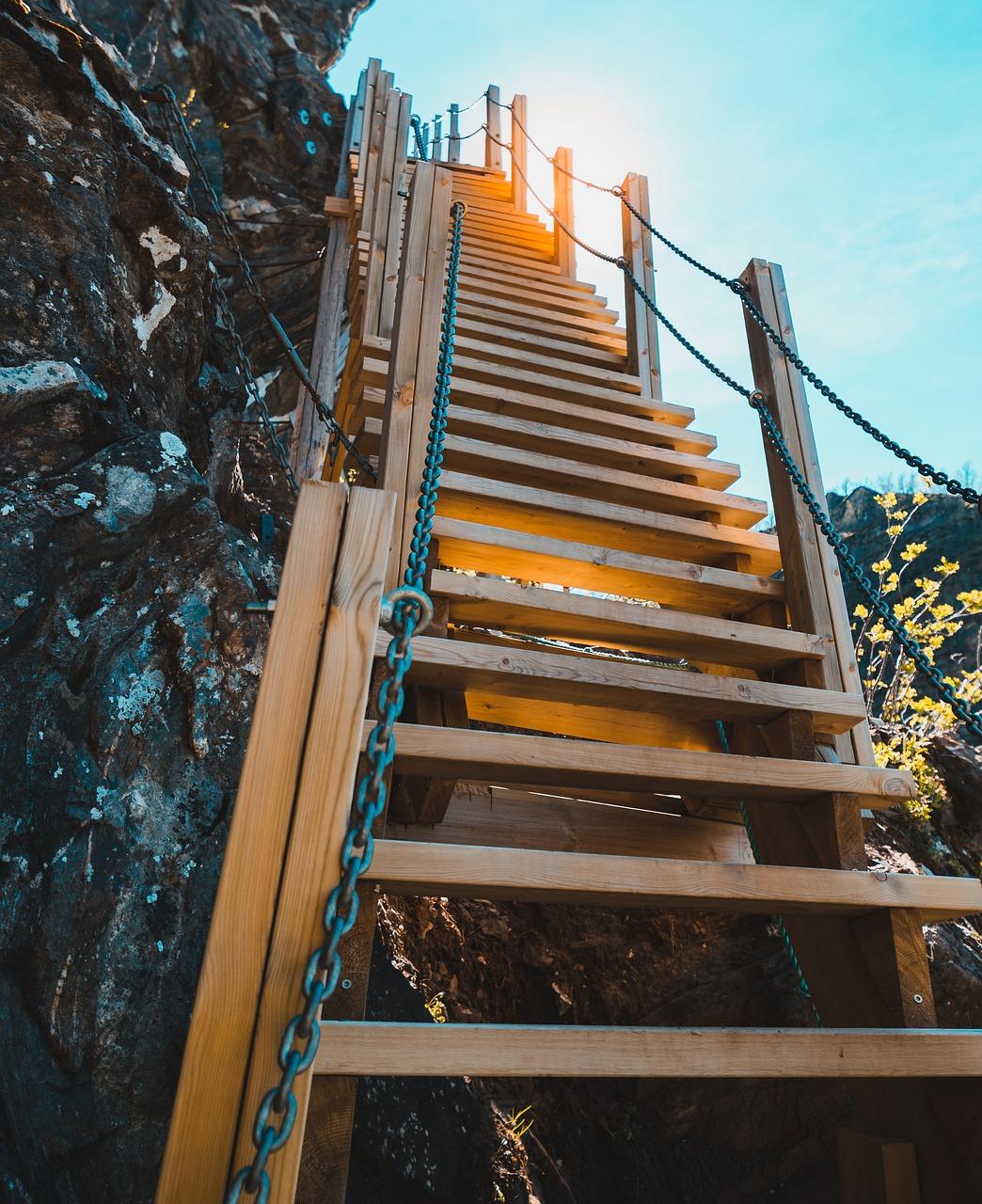 москве картинки в барнауле светящиеся лестницы на гору того, чтобы
