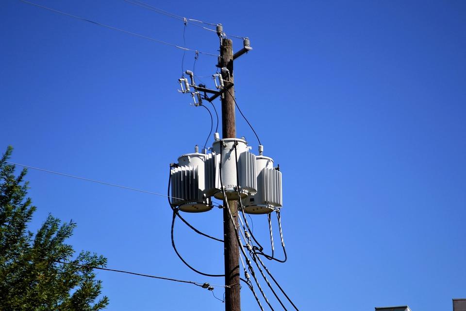 Electricity, Converter, Power, Grid, Poll, Wooden  Elektriciteit uitgevallen? Dit zijn de oorzaken! electricity 2864988 960 720