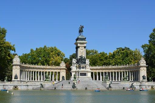 Viajar y ver fútbol en Madrid