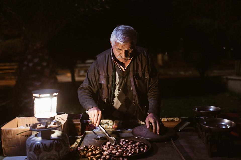Comerciante, Anciano, El Vendedor Ambulante, Castaño