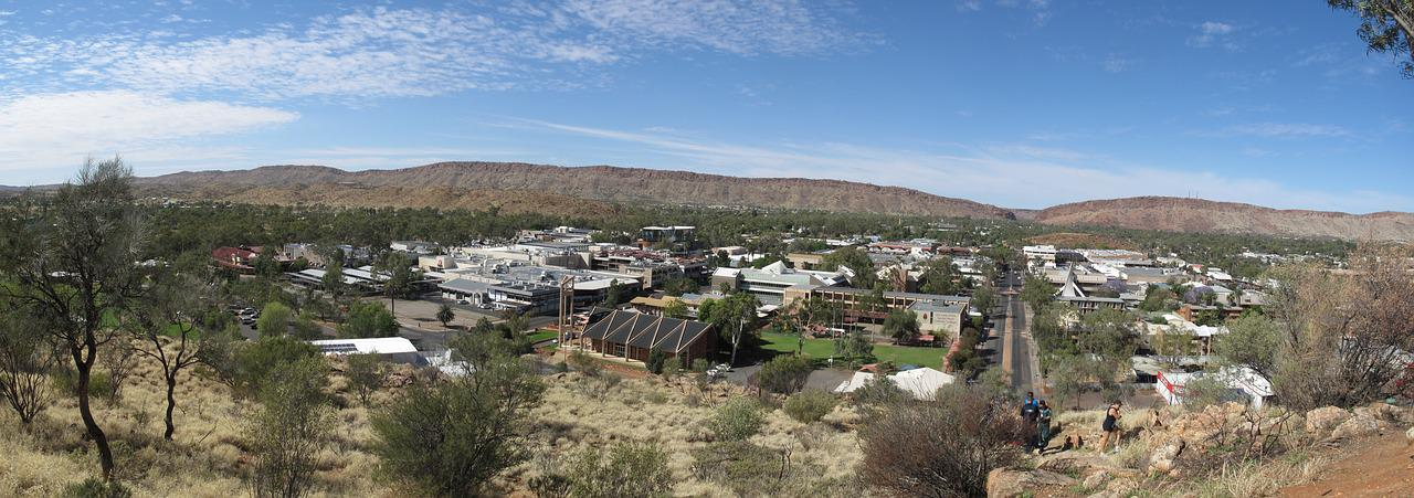 Alice Springs; the ghan train tour