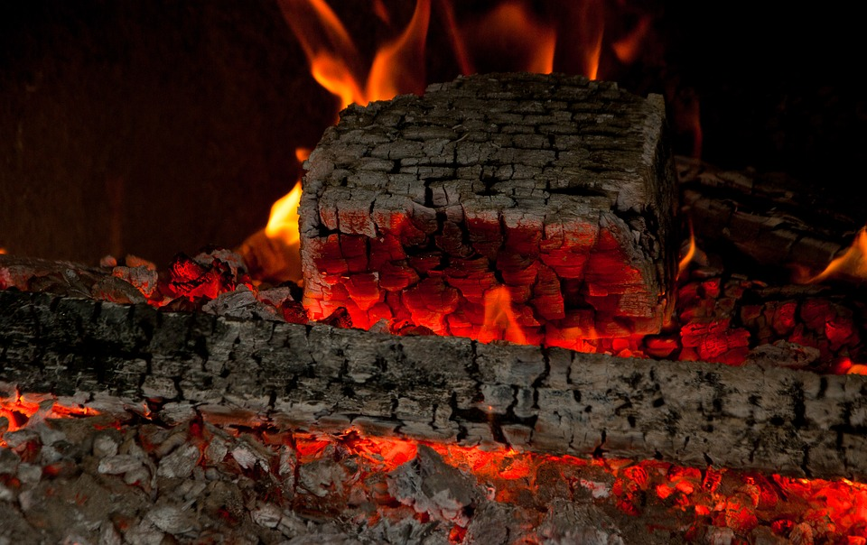 Fireplaces - What To Put On A Fireplace Shelf