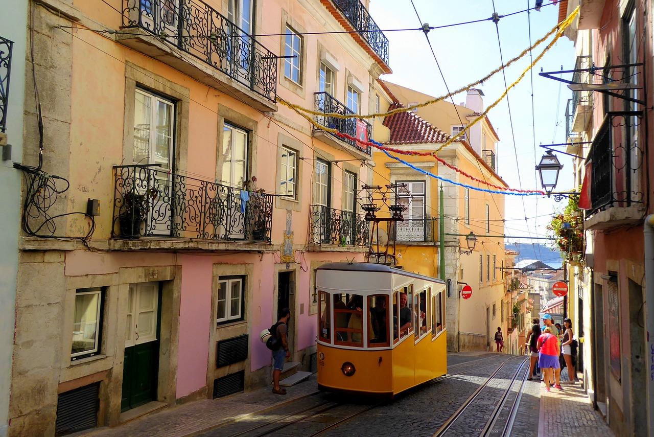 Португалия что привезти из португалии в подарок
