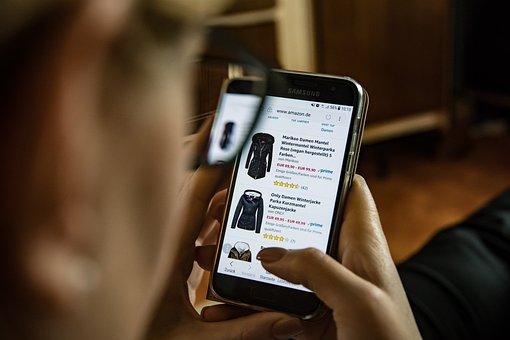 On Line, Lo Shopping, Abbigliamento