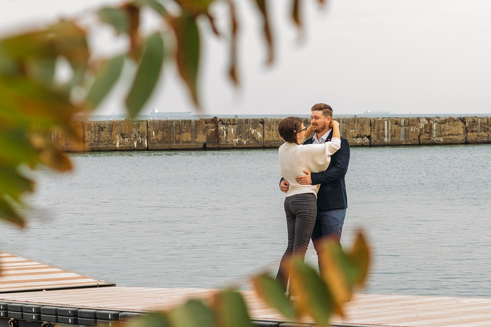 Как влюбить в себя мужчину 10 способов которые работают безотказно