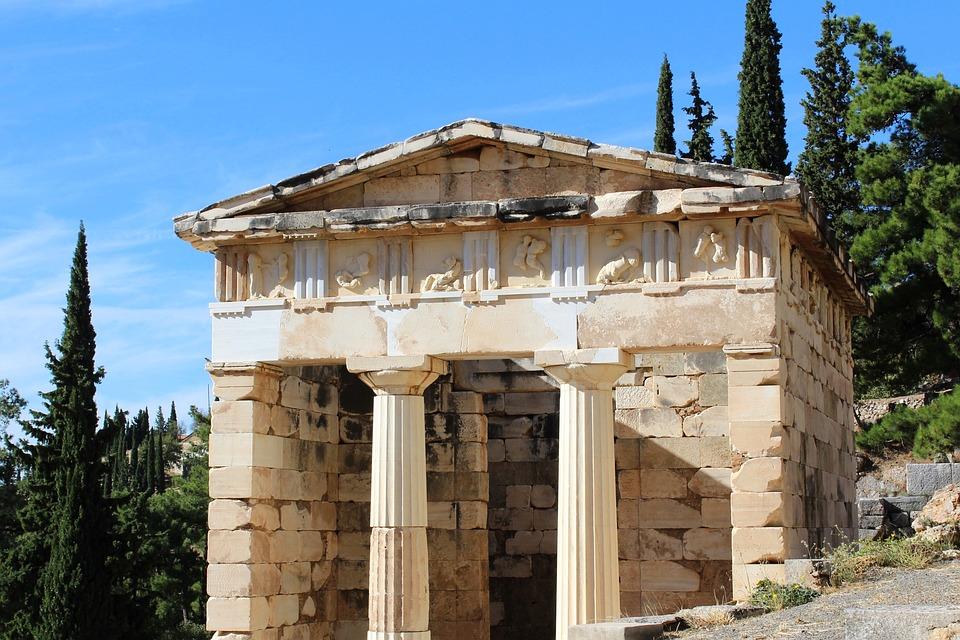 Il luogo prescelto da Apollo: il santuario di Delfi
