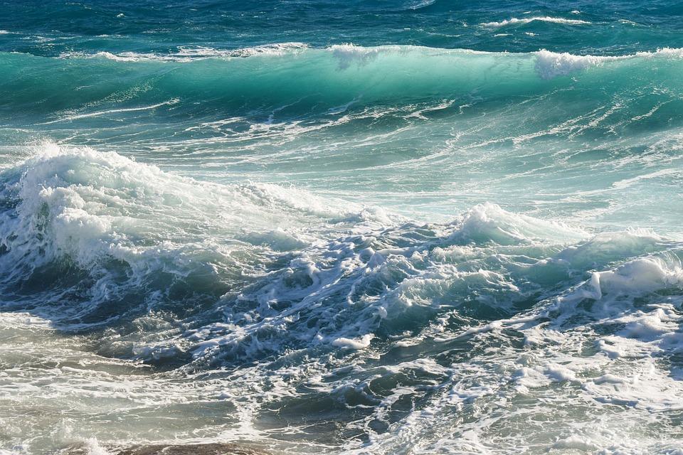 Unduh 95+ Gambar Pemandangan Ombak Laut Paling Baru Gratis