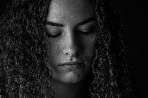 60a45e1c7f5f8a 600+ Free Sad Girl   Sad Images - Pixabay