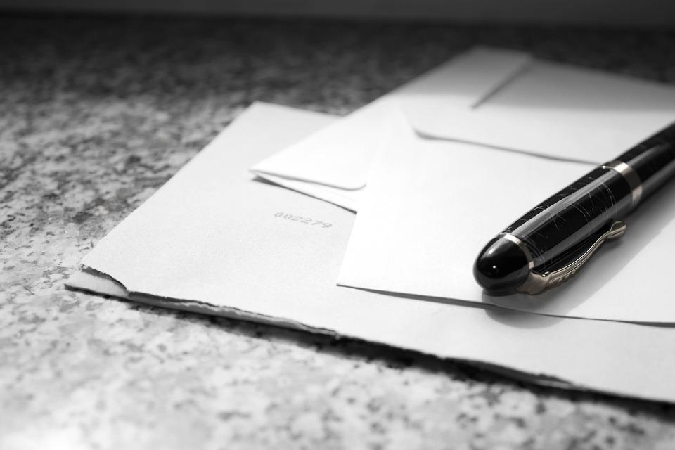 内定辞退の手紙の書き方の注意点と例文|封筒/用紙・手書き縦書きで