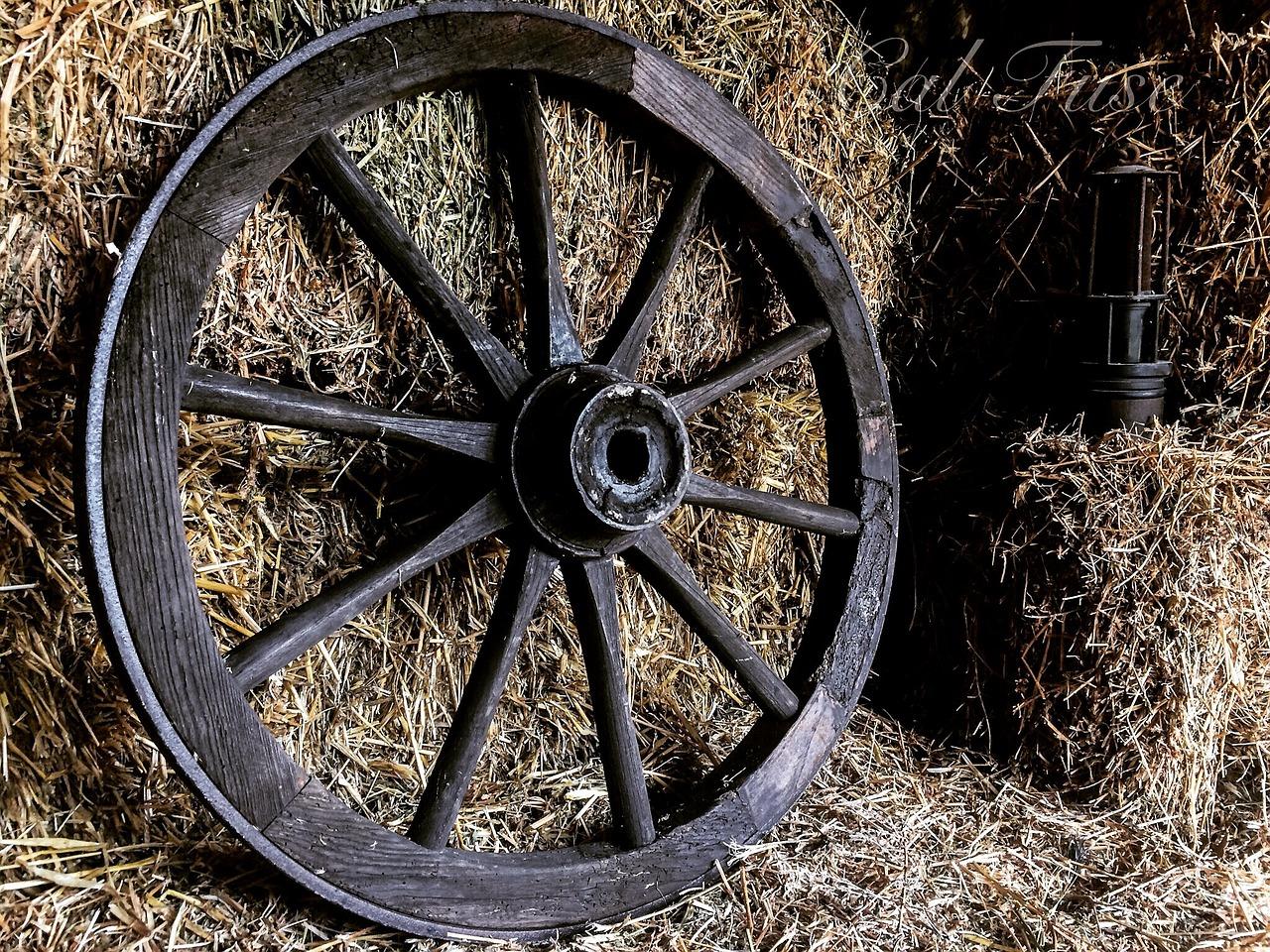 картинка колесо и повозка там было