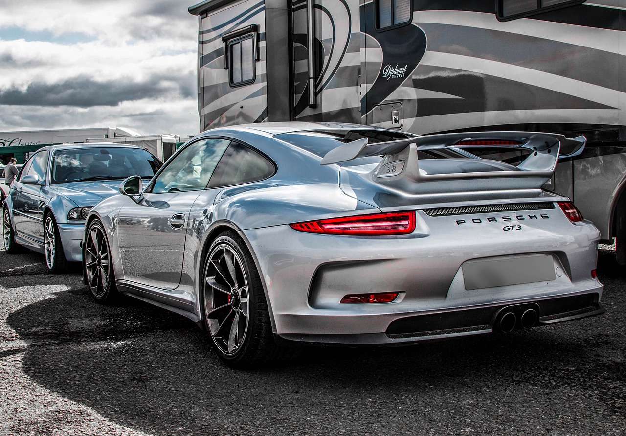 Howstuffworks: How Much Do You Know About Porsche?