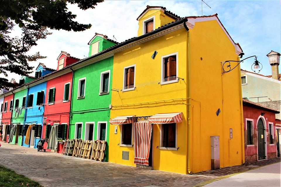 ヴェネツィア, Burano, 建物, カラフル, イタリア, アーキテクチャ, 路地, 美しく, 街灯