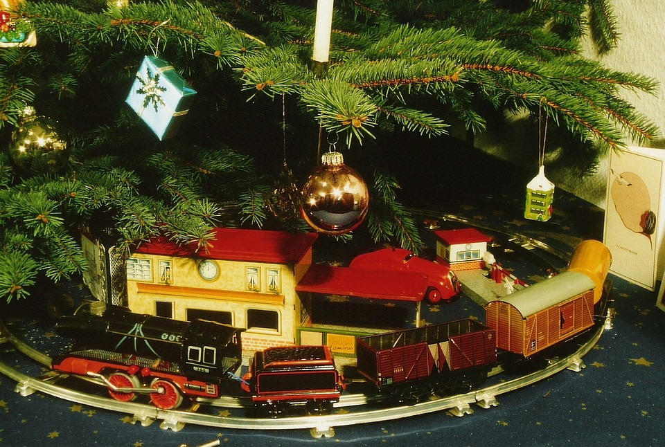 christmas toys railway tin toys a clockwork railway - Free Christmas Toys