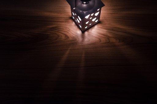 lantern 2938030  340 - 【個性的なテーブルライト】おすすめな7つのアンティーク調ライト