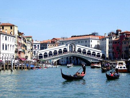 Puente De Rialto Gran Canal Gndola