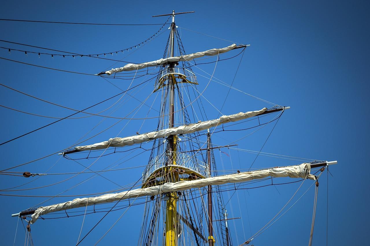 фото мачта на корабле мамбе