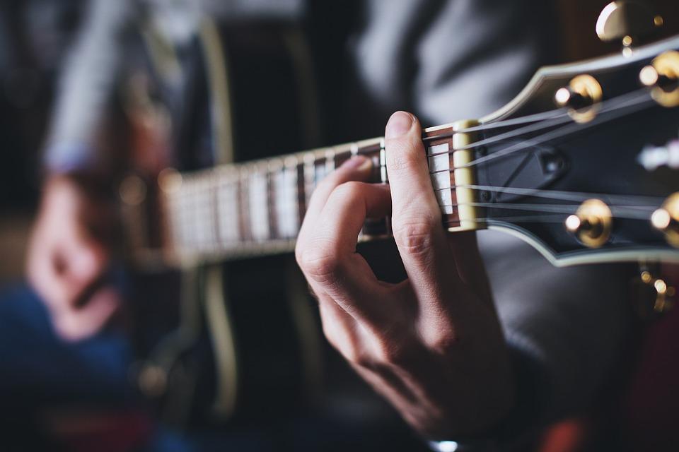 人, 和音, ギター, 手, 男, 音楽, 首, 再生