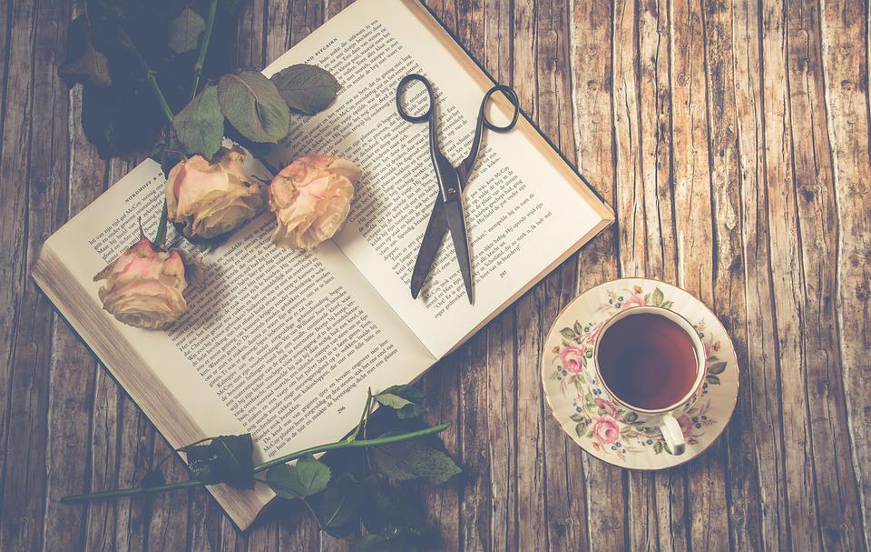 Ceai, Foarfece, Trandafiri, Cartea, Petale