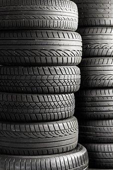 成熟した, タイヤ, 自動車タイヤ, 自動, 車, 仲間, 冬用タイヤ