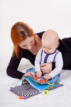 婴儿出生时,为什么医院要留脚印?医生可能不会说,但家长要知道