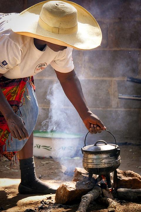 Afrika, Zimbabwe, Simbabwe, Mensch, Frau, Kochen