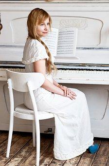 piano-2968660__340