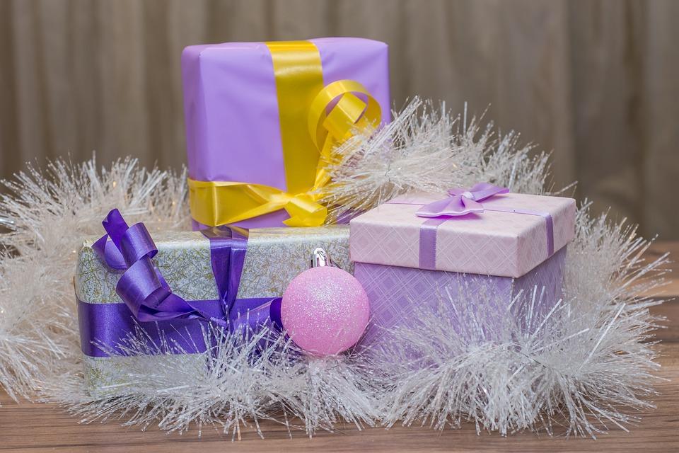 cadeau gratuit noel 2018 Cadeaux De Noël Bonne Et Heureuse · Photo gratuite sur Pixabay cadeau gratuit noel 2018