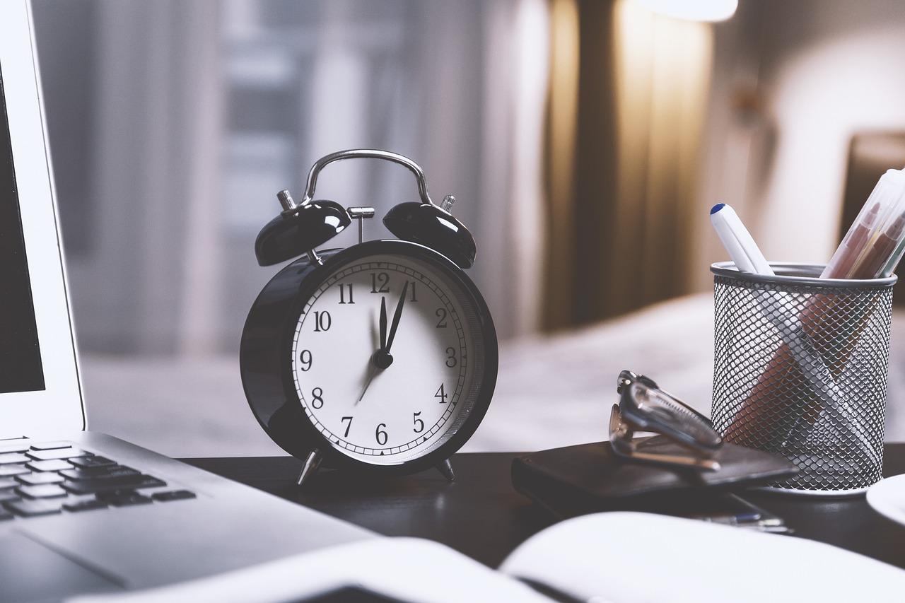 5 ứng dụng đồng hồ báo thức Android tốt nhất cho người ngủ nặng