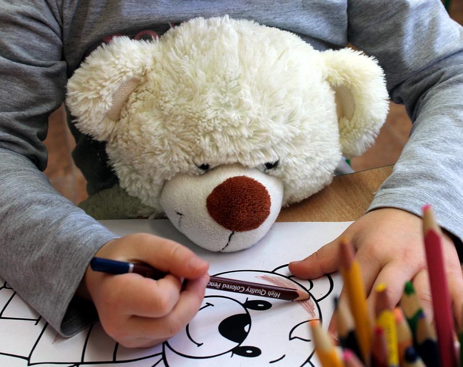Kind Abbildung Buntstifte · Kostenloses Foto auf Pixabay