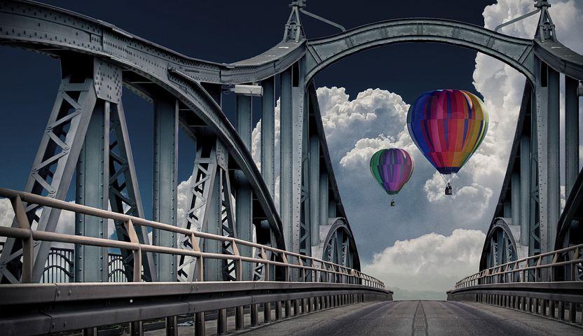 полоску смысл моста на картинке поменялся