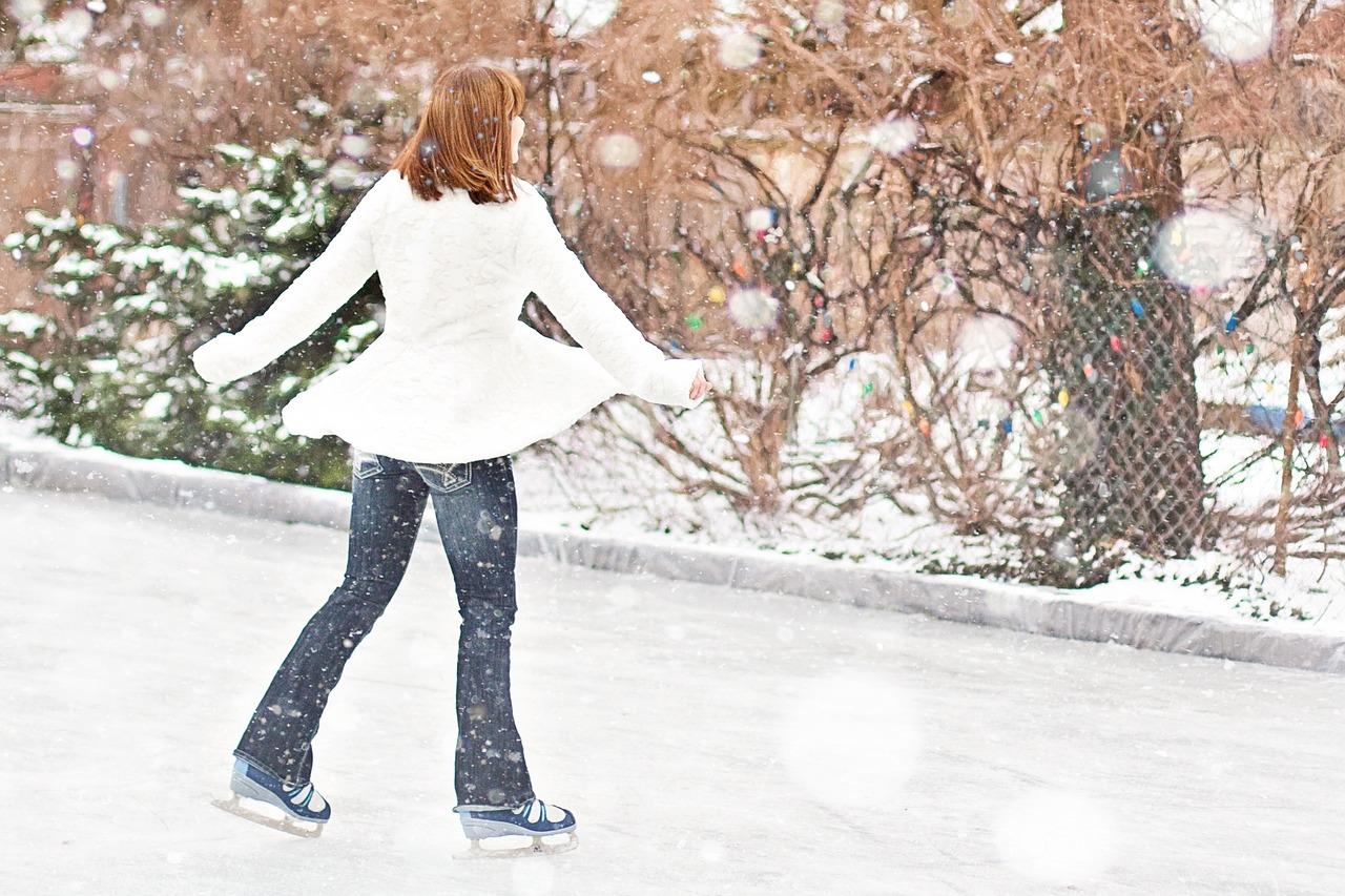 Ice Skating Skater Winter - Free photo on Pixabay