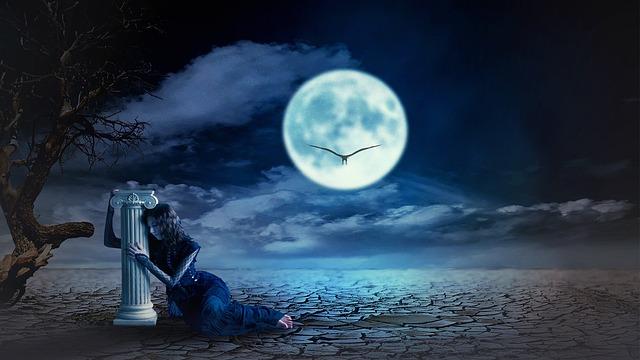 midnight-fantasy-3007763_640.jpg