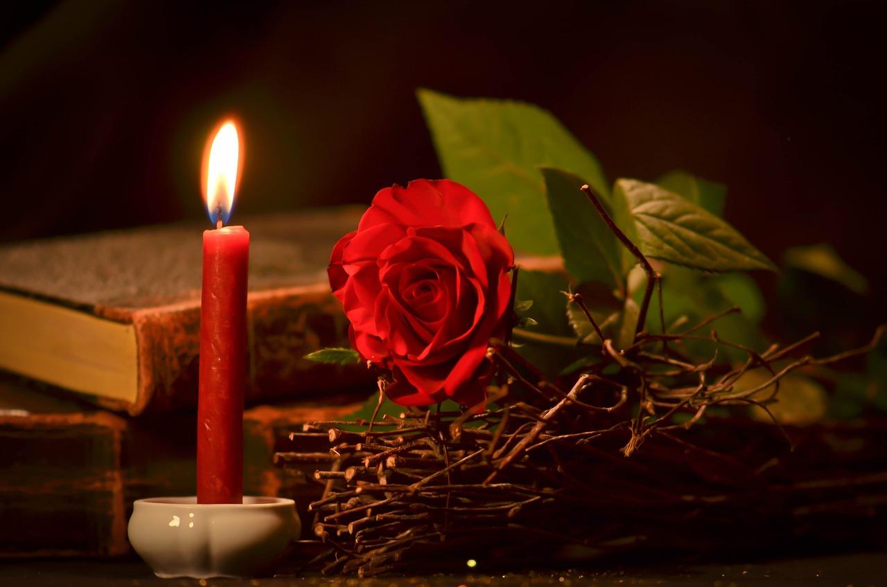 картинки с розами и свечами отличное