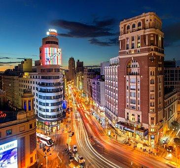 Madrid, Calle, La Plaza Del Callao