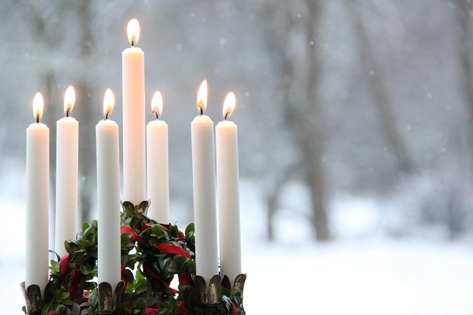 ろうそくの光に包まれ幻想的な, 冬, 炎, 雪, クリスマス, ルチア, ルシアのお祝い, ルチア光