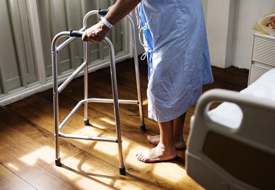 ケア, 診断, 病気, 健康, 病院, 医療, 患者, 病気の, 症状, 治療, 不健康です, 高齢者