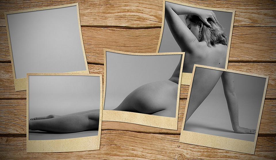 frame Naked frame by