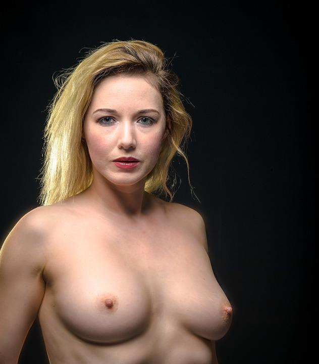 erotic female nude portraits