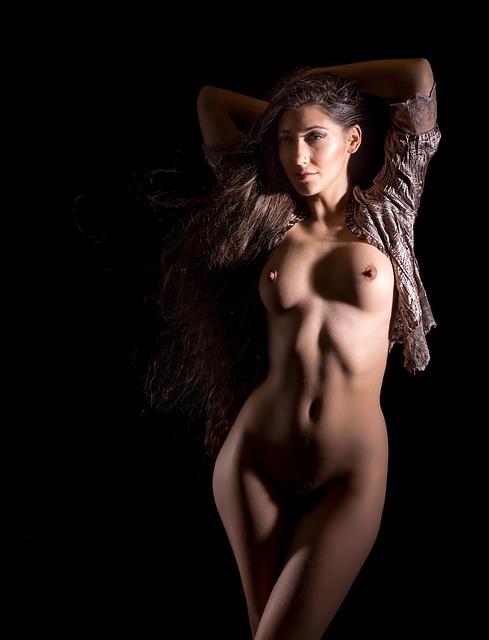 Pity, that ingen naken modell