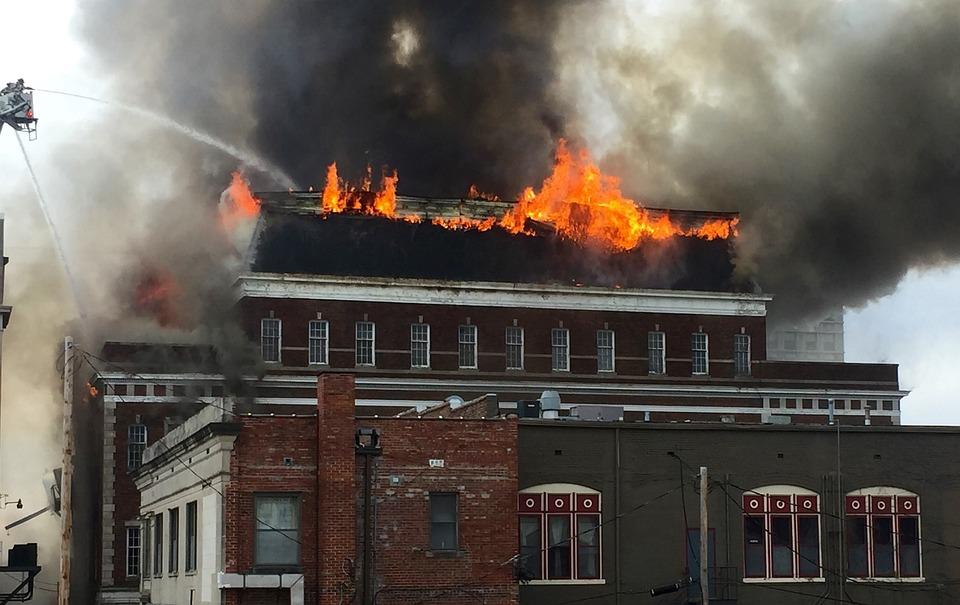 картинки с пожарами зданий этого туториала узнаете