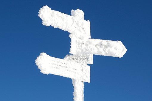 Winter, Schnee, Schneeverhangen