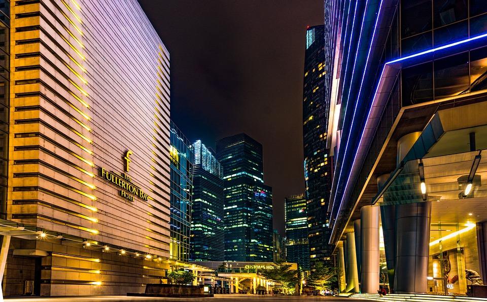 Les rues propres et bien rangées de Singapour