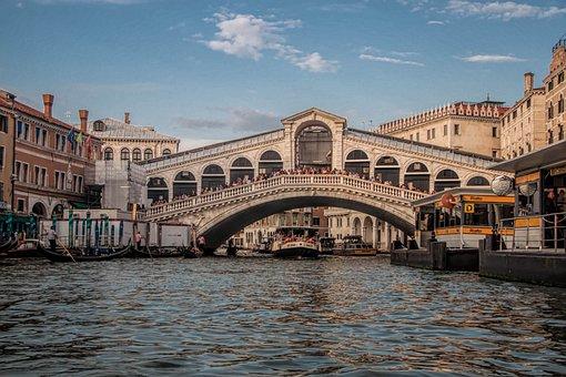 Venice, Italy, Ponte Di Rialto Bridge