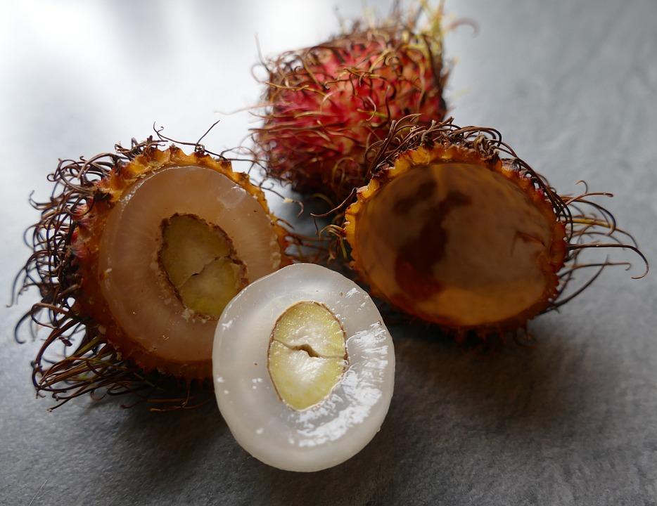 Partes del rambután