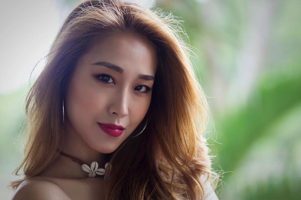 超碰中国淑女公开视频