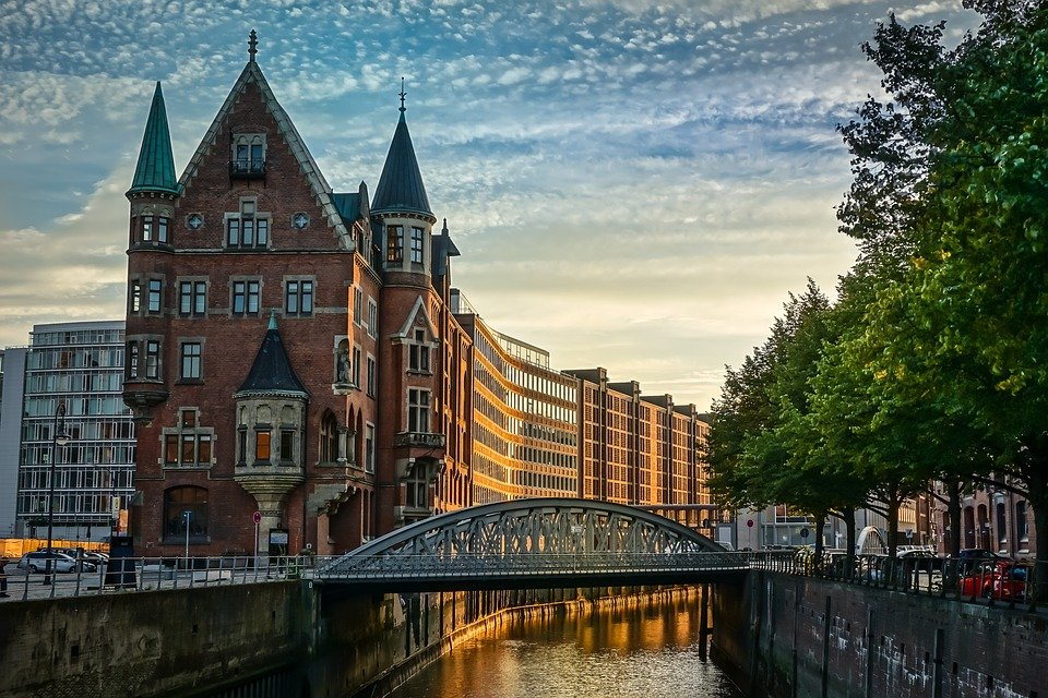 Hamburgo, Speicherstadtu, Canal, Casas, Alemania