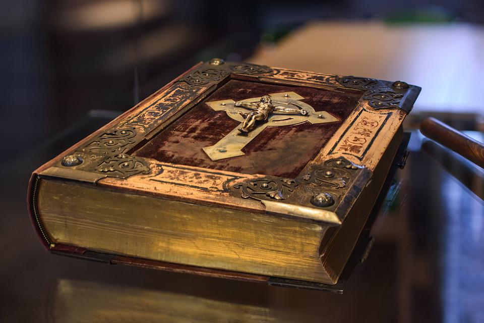 Libro Biblia Cristianismo Foto Gratis En Pixabay