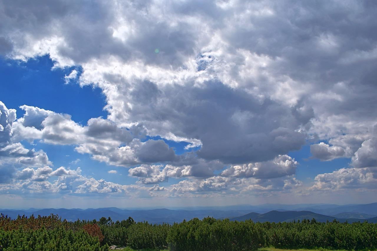 альпийскую горку, удивительная красота неба на сахалине фото днем